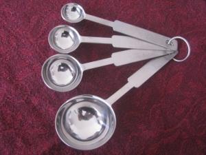 American measuring spoons