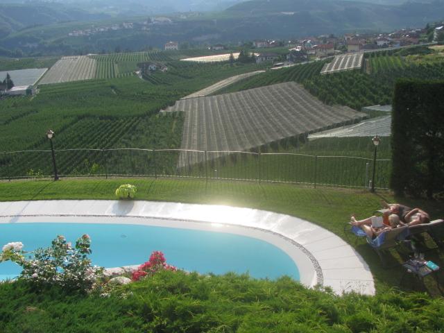 La Pieve's Swimming Pool, Torra